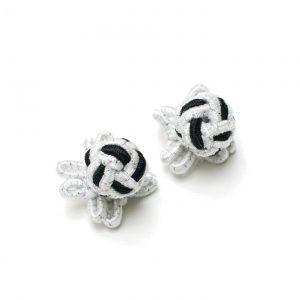 Manschettenknopf Knoten mit Stoffhalterung schwarz-weiß-silber